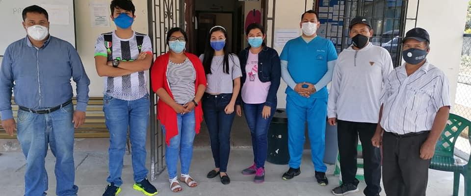 MEDICOS DEL SUB CENTRO DE SALUD VISITAN A LOS ADULTOS MAYORES