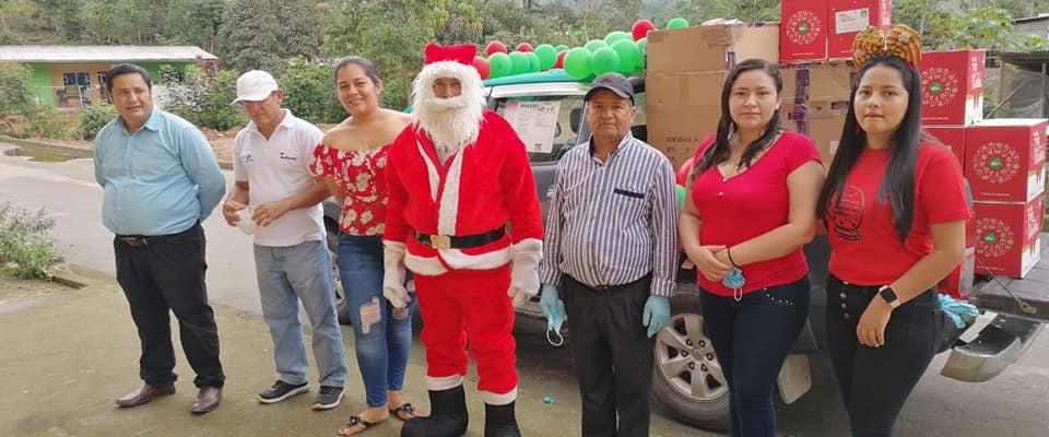 ENTREGA DE CANASTAS PARA LOS BENEFICIARIOS DEL PROYECTO ADULTO MAYOR